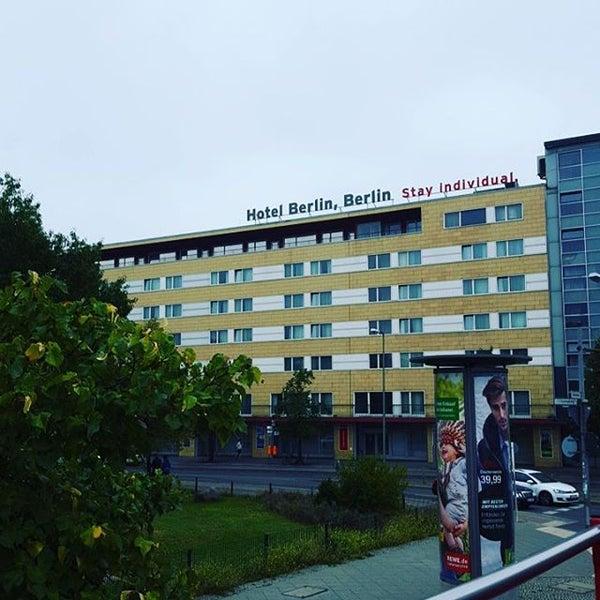 9/11/2015 tarihinde Kriss L.ziyaretçi tarafından Hotel Berlin'de çekilen fotoğraf
