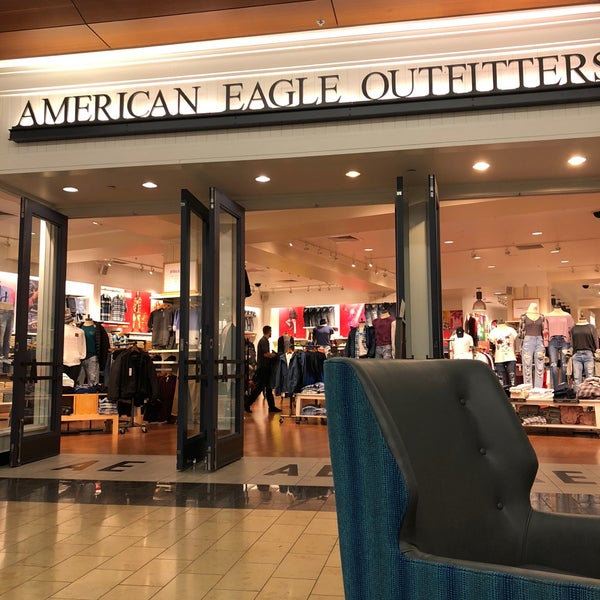 e74e7a6bc American Eagle Outfitters - Clothing Store