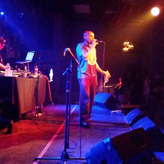 3/28/2015 tarihinde Karen H.ziyaretçi tarafından The Stage'de çekilen fotoğraf