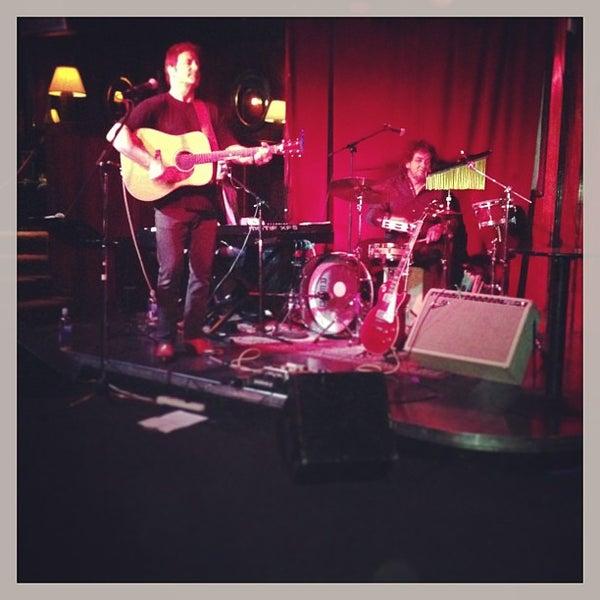 Photo prise au Three Clubs par T.J. R. le4/12/2013