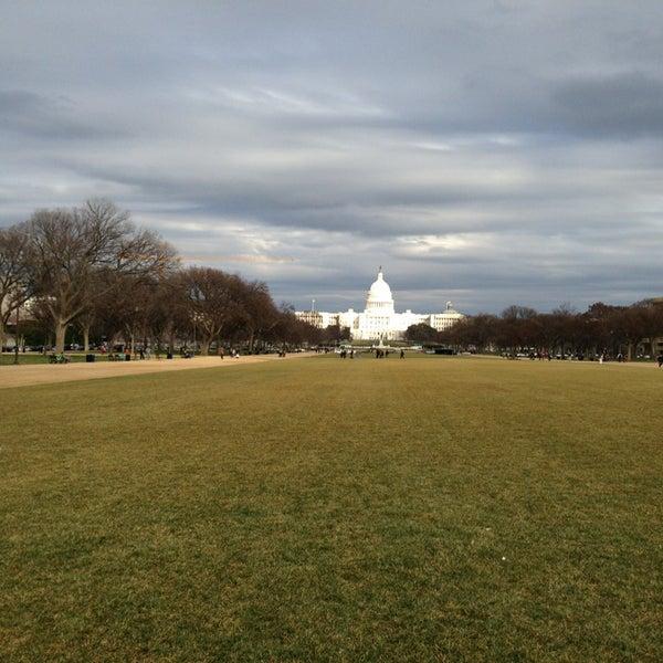 Foto scattata a National Mall da Nikos V. il 3/12/2013