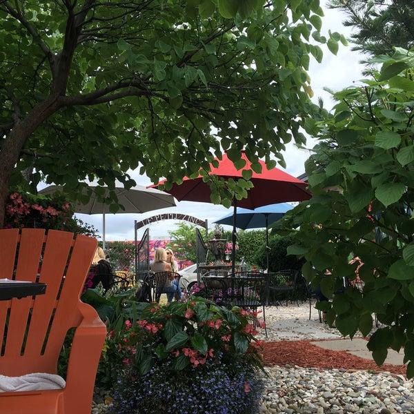 Coffee is great - Garden is even better! Lovely spot