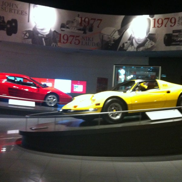 Foto tomada en Ferrari World Abu Dhabi por Deleted Account el 7/15/2013