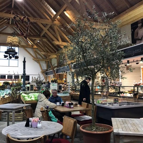 online Shop wie kauft man toller Wert Photos at Schneiders Obsthof Marktscheune - 3 tips
