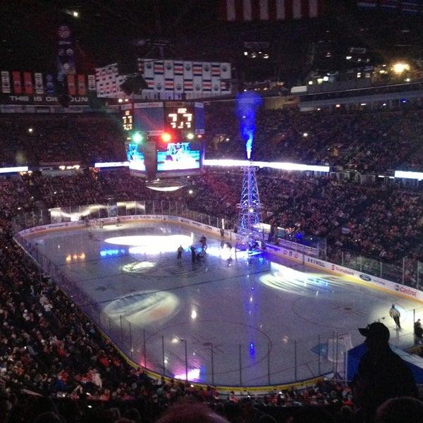 4/2/2013 tarihinde Steve N.ziyaretçi tarafından Northlands Coliseum'de çekilen fotoğraf