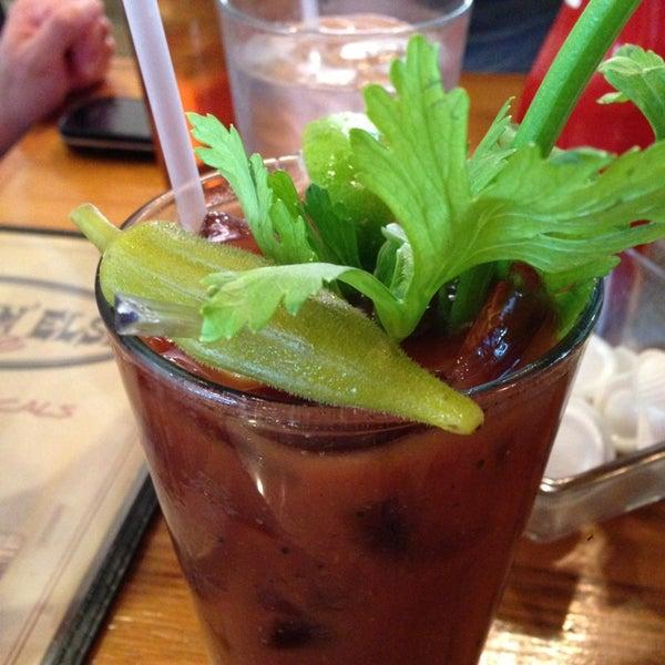 Снимок сделан в Somethin' Else Café пользователем Casey R. 6/8/2013