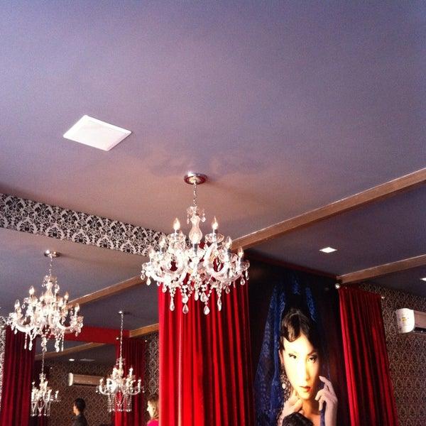 รูปภาพถ่ายที่ Restaurante Almodovar โดย Daniela F. เมื่อ 9/13/2013