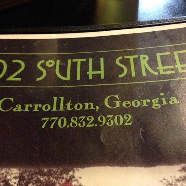 Foto tirada no(a) 302 South Street por Jonna P. em 1/25/2013