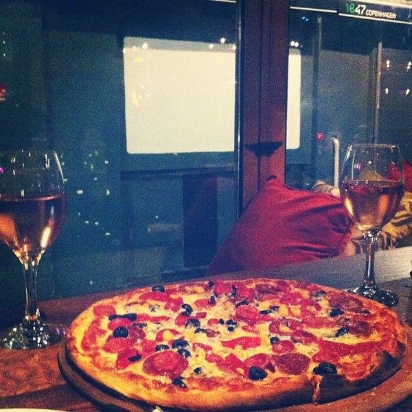 1/12/2013 tarihinde ecesziyaretçi tarafından Mica Restaurant & Bar'de çekilen fotoğraf