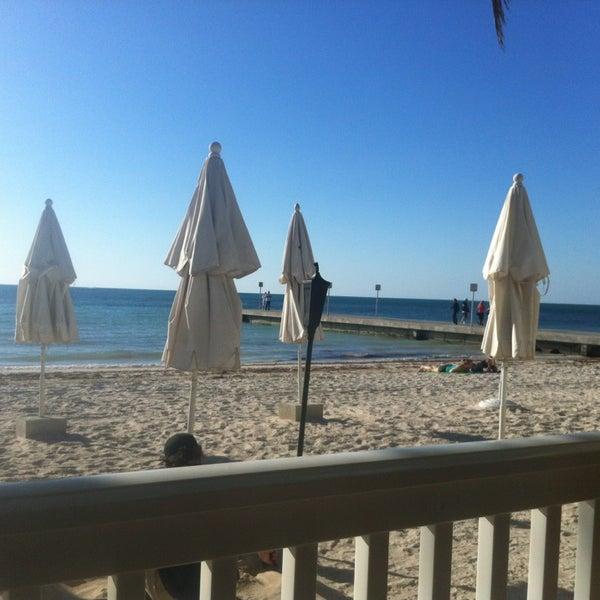 Foto tirada no(a) Southernmost Beach Cafe por Andre S. em 2/4/2013
