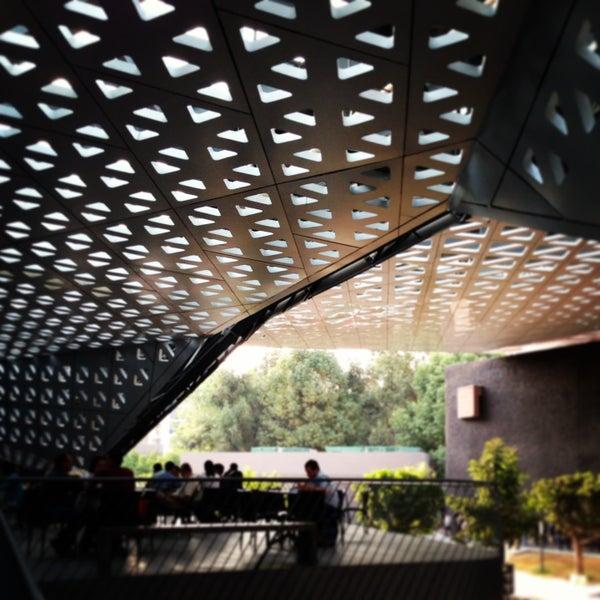 Foto tomada en Cineteca Nacional por Marco D. el 4/21/2013