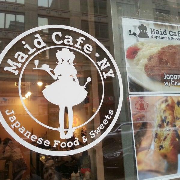 3/2/2014 tarihinde Robert M.ziyaretçi tarafından Maid Cafe NY'de çekilen fotoğraf