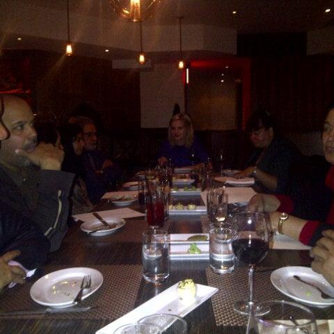 Foto diambil di Silk Rd Tavern oleh Rohit M. pada 12/14/2012