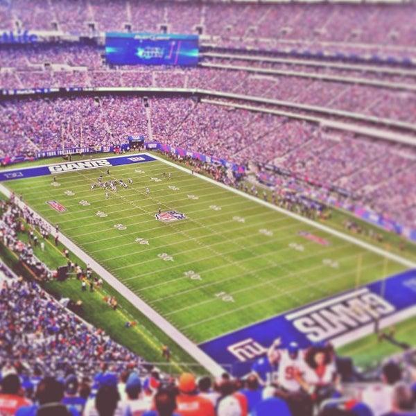 Foto tomada en MetLife Stadium por Tim H. el 9/15/2013