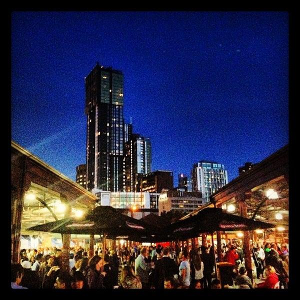 Foto diambil di Queen Victoria Market oleh Ross W. pada 11/21/2012