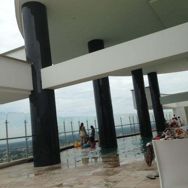 Foto scattata a GHL Grand Hotel Villavicencio da Lucia G. il 3/30/2013