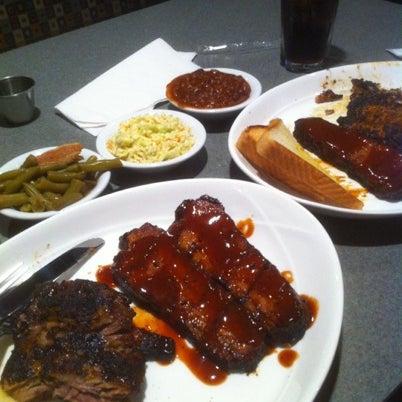 รูปภาพถ่ายที่ Georgia Rib Company โดย Joel G. เมื่อ 7/21/2012