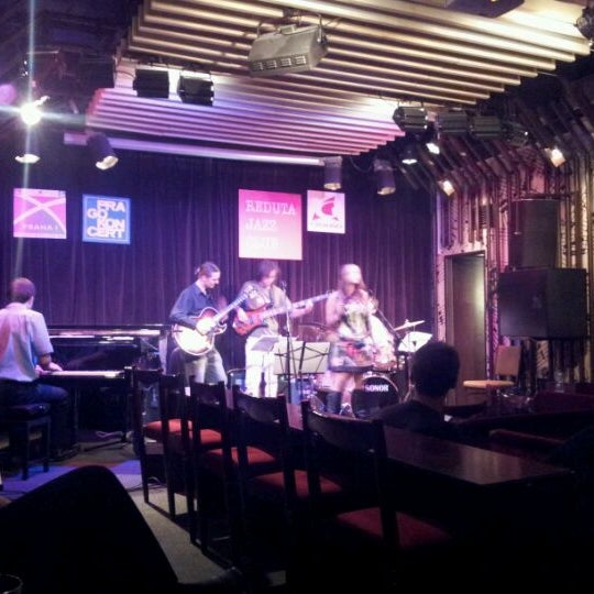 Foto tomada en Reduta Jazz Club por Daniel L. el 11/7/2011