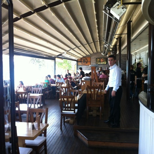 Foto tomada en Taş Kahve Cafe & Restaurant por Taş Kahve E. el 6/10/2012