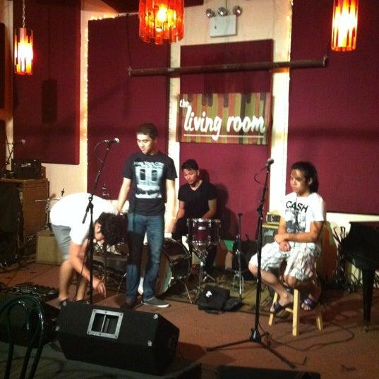Снимок сделан в The Living Room пользователем Danny K. 8/15/2012