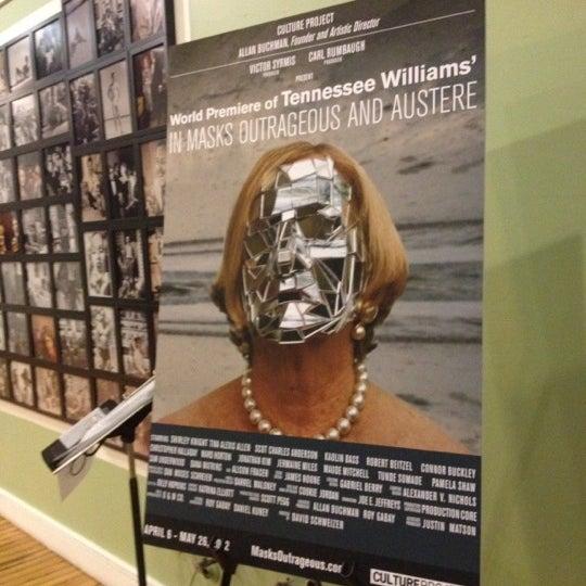 Foto tirada no(a) The Lynn Redgrave Theater at Culture Project por Niña D. em 5/2/2012