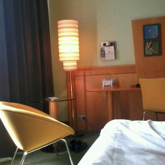 7/26/2012 tarihinde Martin M.ziyaretçi tarafından Hotel Berlin'de çekilen fotoğraf