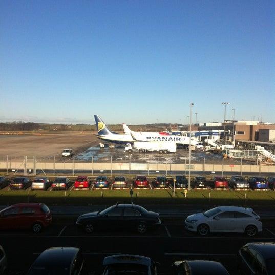Das Foto wurde bei Edinburgh Airport (EDI) von Martin S. am 1/23/2012 aufgenommen