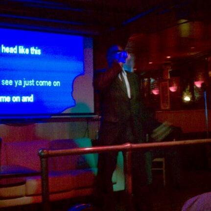 Foto tirada no(a) Bar Nine por Travis A. em 11/23/2011