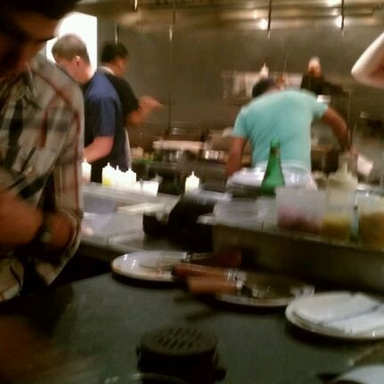 รูปภาพถ่ายที่ Fire Stone Wood Fired Pizza & Grill โดย Amy T. เมื่อ 1/28/2012