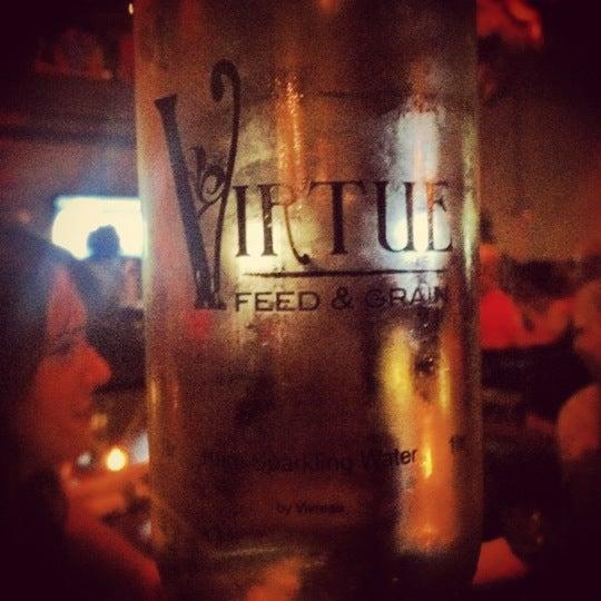 Foto tirada no(a) Virtue Feed & Grain por Alex D. em 5/6/2012