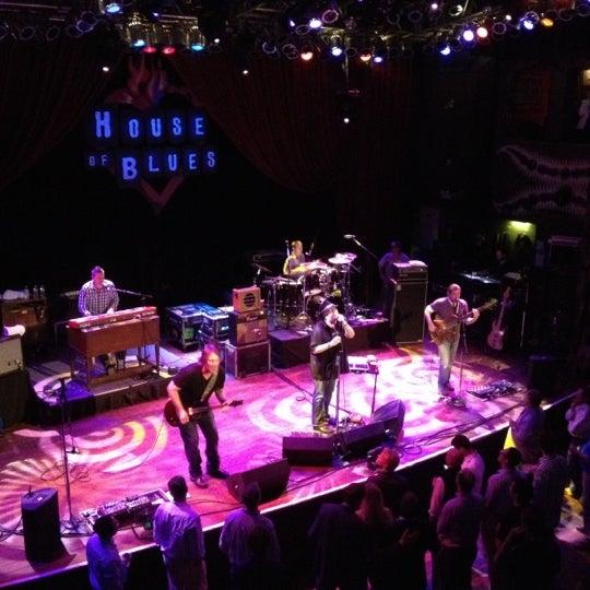 Foto diambil di House of Blues oleh Dominic P. pada 6/14/2012