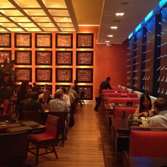 Foto tirada no(a) Rosa Mexicano Panamá por Jackomoon em 5/7/2012