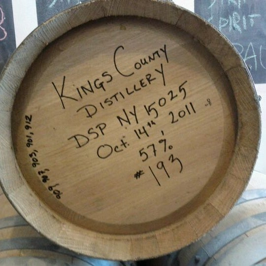 Foto scattata a Kings County Distillery da Erica W. il 10/15/2011