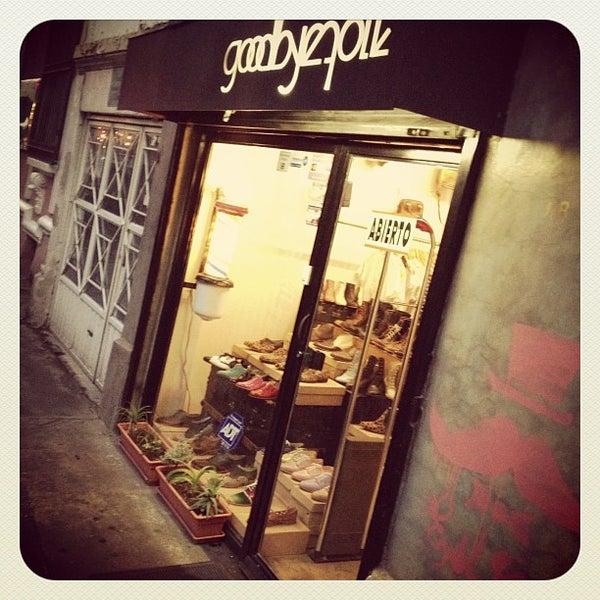 Foto scattata a Goodbye Folk da Gerardo M. il 8/11/2012