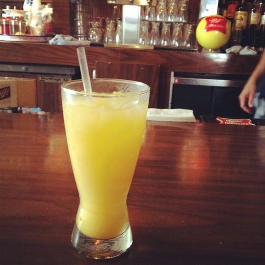 6/2/2012にMegan L.がHigh Life Loungeで撮った写真