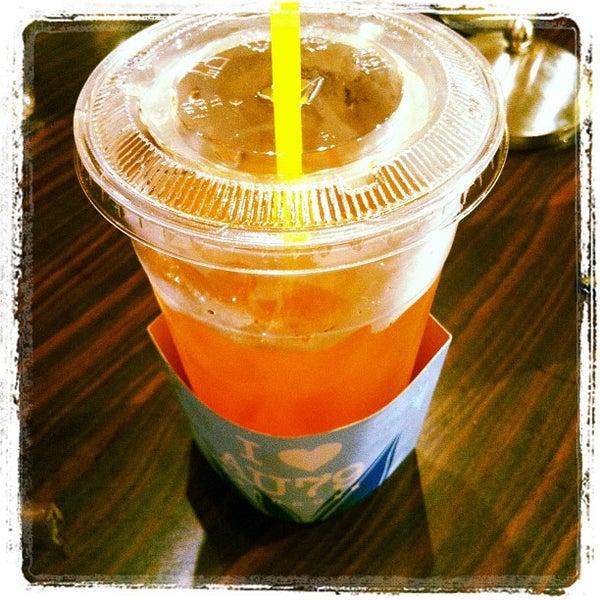 Foto scattata a AU 79 Tea House da Benjamin B. il 6/21/2012