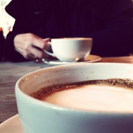 Foto tomada en The Table Café por Alfred P. el 2/12/2012