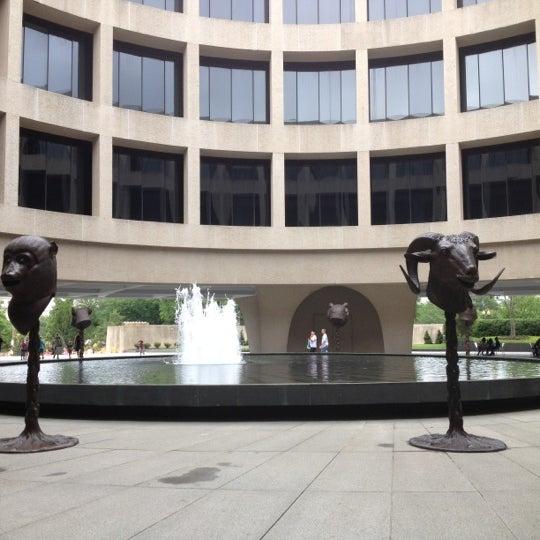 Hirshhorn museum and sculpture garden southwest - Hirshhorn museum sculpture garden ...