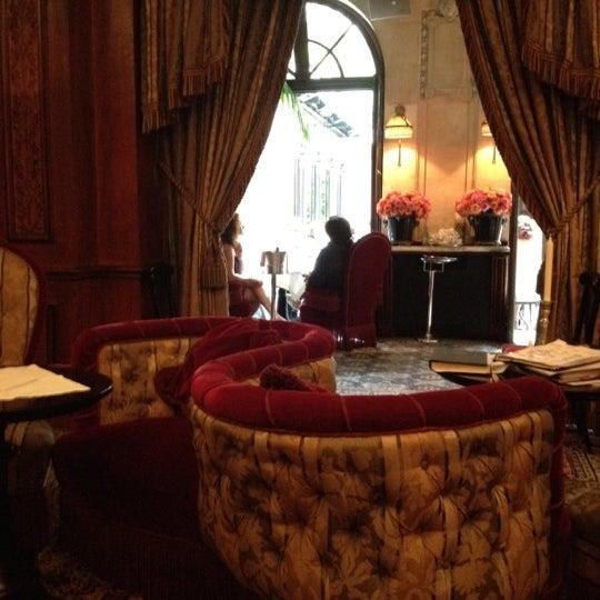 Foto diambil di Hôtel Costes oleh Alex V. pada 9/5/2012