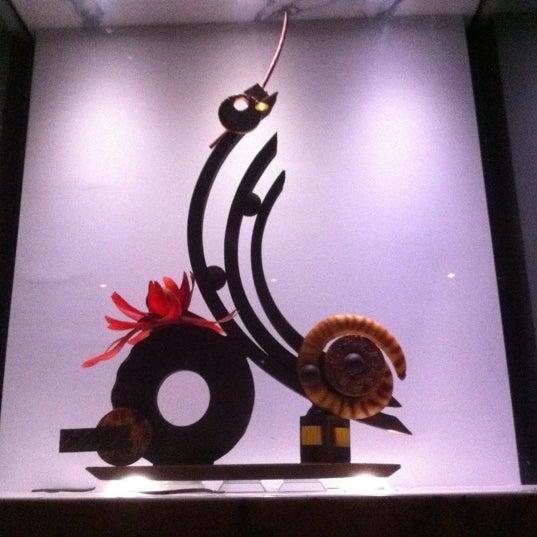 6/26/2012 tarihinde Joshua E.ziyaretçi tarafından Co Co. Sala'de çekilen fotoğraf