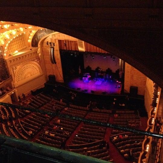 Foto diambil di Auditorium Theatre oleh Jeff S. pada 5/13/2012