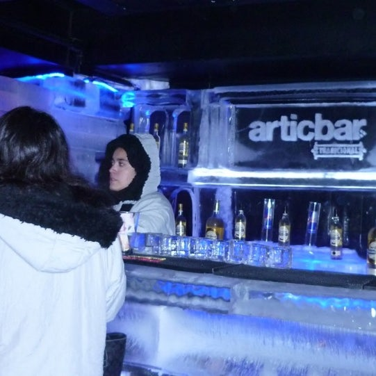 2/9/2013 tarihinde Hugo A.ziyaretçi tarafından Articbar México'de çekilen fotoğraf