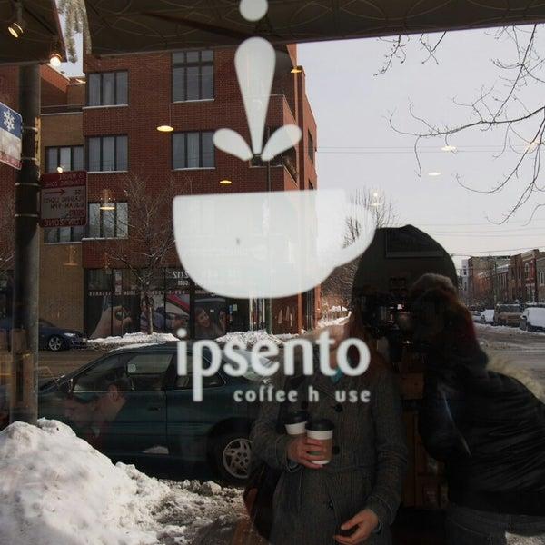 Foto tirada no(a) Ipsento Coffee House por Octavio R. em 2/2/2014
