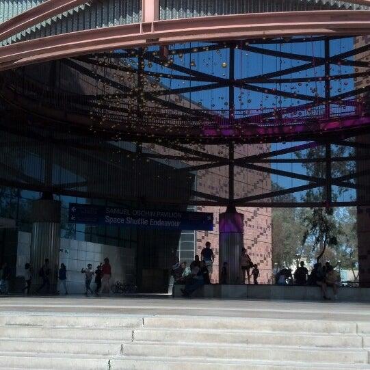 รูปภาพถ่ายที่ California Science Center โดย Louie M. เมื่อ 5/25/2013