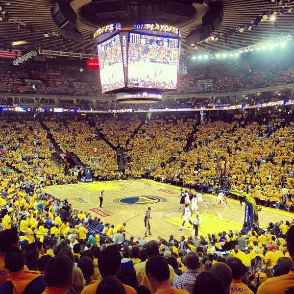 รูปภาพถ่ายที่ Oakland Arena โดย Brian P. เมื่อ 5/17/2013