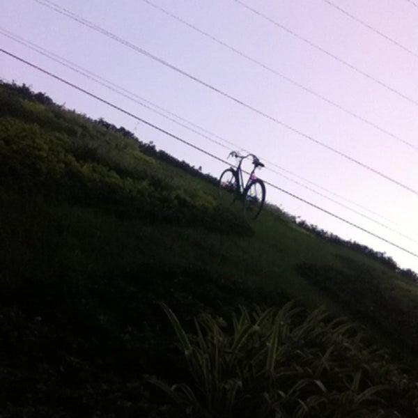 Снимок сделан в Padrinos пользователем Jaqueline R. 12/23/2012