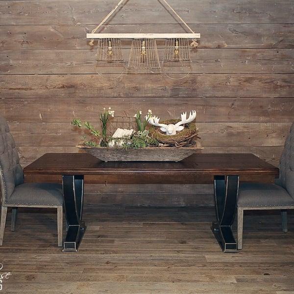 Furniture / Home Store In