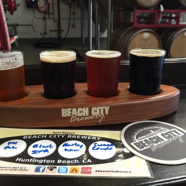 Foto tomada en Beach City Brewery por Scott P. el 3/30/2015