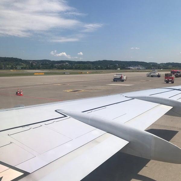 Photos at SWISS Flight LX 2824 - Plane in Zürich-Flughafen