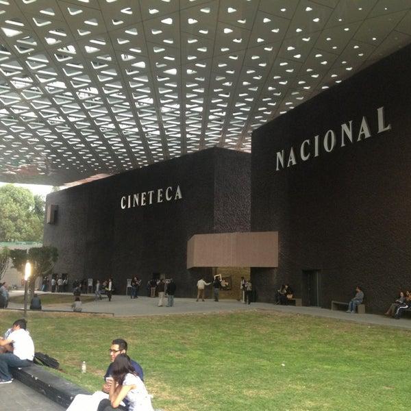 Foto tomada en Cineteca Nacional por Victor Manuel G. el 6/14/2013
